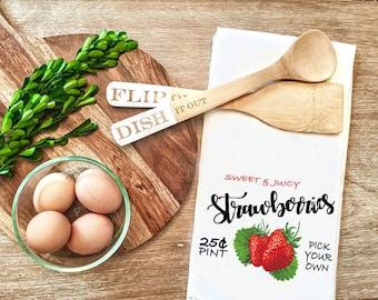 Summer Farmhouse Flour Sack Towel - Strawberry tea towel - Tea towel with Strawberries - kitchen decor - farmhouse style - dish towel