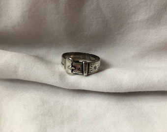 Vintage Silver Buckle Ring