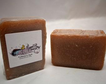 Frankincense and Myrrh Olive Oil Soap, frankincense soap, myrrh soap, artisan soap, woody soap, earthy soap, deodarant soap, handmade soap
