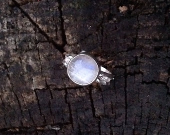Moonstone and Sterling Ring Size 6 3/4