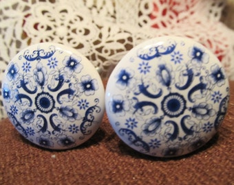 14 Total Blue and White Knobs Pulls Drawer Cabinet Bright Shiny Chic Ceramic