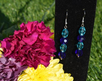 Perfect blue dangle earring