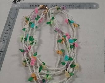 "Vintage  used 28"" plastic beaded necklace"