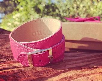 Crop Cuff in Pink leather