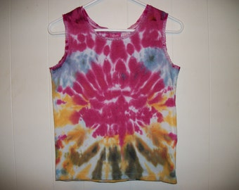 Tiedye lace trimmed tank top
