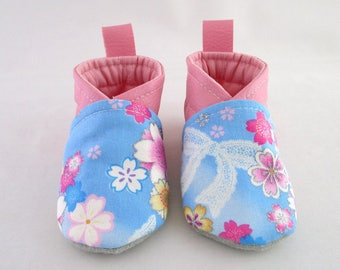6/9 months leatherette fabric and pink slipper blue Japanese