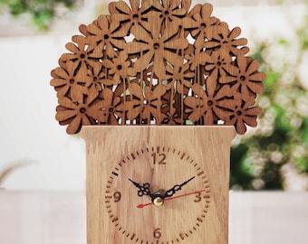 wooden  table clock  home decor  jardiniere design gift