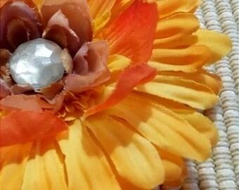 Yellow Variegated Shimmer Jewel Center Daisy Flower Hair Accessory Headband Clip Brooch #016