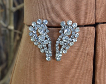 Vintage Large 1950s Clear Rhinestone Clip On Earrings