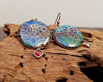 Green and blue earrings, sea and waves