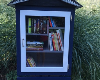 Handcrafted Little Library