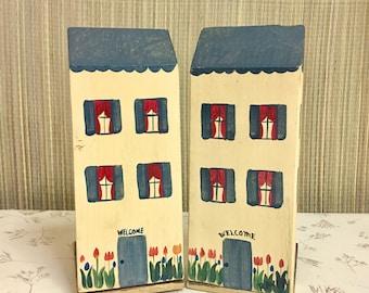 Farmhouse Decor Vintage Bookends: Wood Houses for Shelf, Tabletop, Nursery.