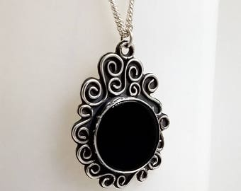 Onyx and Sterling Silver Free-form Pendant Necklace