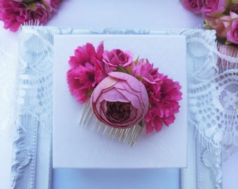 Pink flower hair comb, flower hair piece, rose wedding hair accessories, pink flower headpiece, pink bridesmaid hair comb, flower girl