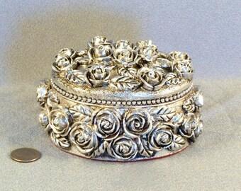 Vintage Roses Trinket Box // Silver Tone // Antiqued Silver // Sculptured // Molded // Treasure Box