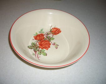 Vintage Universal Cambridge Bowl...American Beauty Rose...Made in the USA...Oven Proof