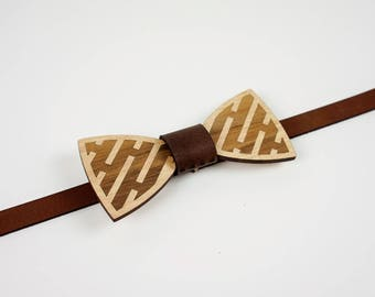Wood and Leather Bow tie - Blackwood Maze