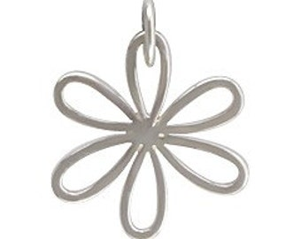 Medium Sterling Silver Daisy Charm with Open Petals, Daisy charm, Silver Flower Charm, Silver Daisy Charm, Flower Daisy Charm