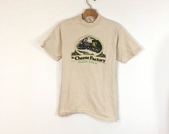 70's vintage hanes all cotton t-shirt cheese factory tee size M