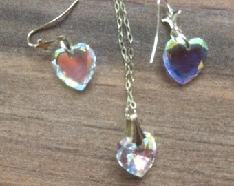 vintage crystal loveheart necklace on gold tone chain with matching earrings