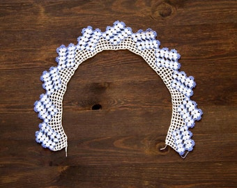 White and blue crochet vintage collar
