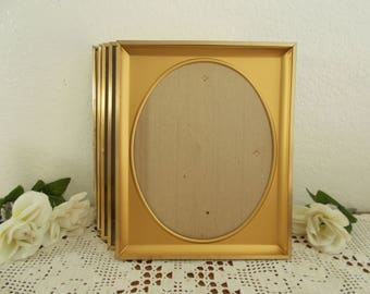 Vintage Oval Gold Metal Picture Frame 8 x 10 Photo Decoration Midcentury Hollywood Regency Retro Shabby Chic Cottage Home Decor Gift Him Her