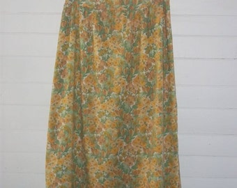 Yellow and Green Retro Floral Lightweight Cotton Blend Straight Skirt  S W26 Vintage 50s Botanical