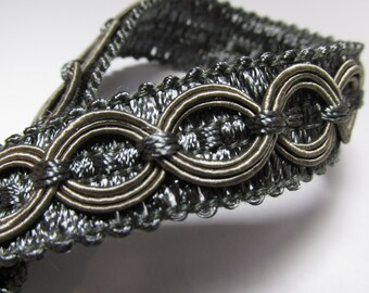 Pewter Gray Circle Patterned 3/4 inch Fancy Braided Decorator Gimp Trim