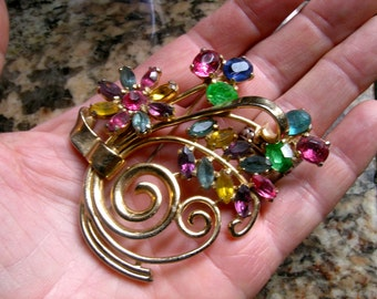 Coro rhinestone brooch with moveable part             VJSE