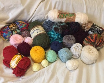 Yarn destash lot of 25 balls/skeins