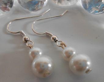 Pair of white pearls wedding earrings