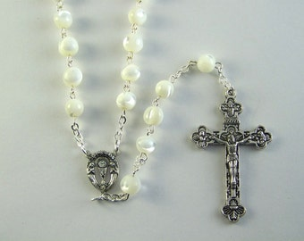 Mother of Pearl Holy Communion Rosary (97)
