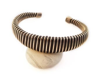 Vintage 80's Wire Cuff Bracelet, Gold and Black