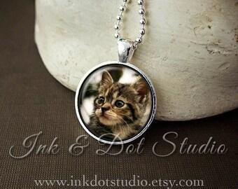 Cat Portrait Necklace, Custom Cat Necklace, Pet Portrait Pendant, Pet Photo Gift, Pet Portrait Necklace, Cat Lover Gift, Dog Lover Gift