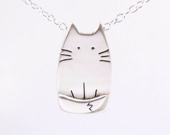 Silver Cat Necklace - Cat Lover Gift - Animal Pet Jewelry - Silver Cat Jewellery - Cute Animals - Birthday Gift for Her - Kitty Necklace