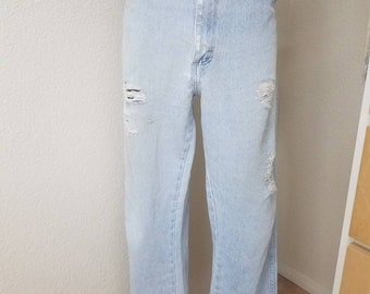 Distressed and worn wrangled size 38