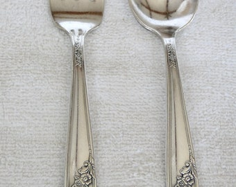 Tudor Silverplated Queen Bess II pattern Baby Spoon and Fork Set-Vintage 1946-Betty Crocker Floral design