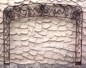 5 foot Wide Arch Victorian 1800s or earlier Very Rusty Wrought Iron Headboard Arbor Archway