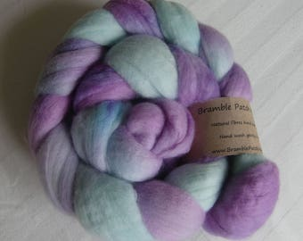 Hand Dyed Merino Combed Top for Spinning and Felting 100g