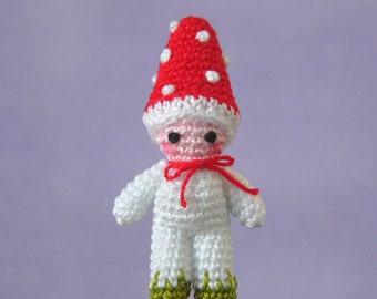 PDF PATTERN - Crochet Miniature Toadstool Mushroom Boy - Amigurumi Tutorial