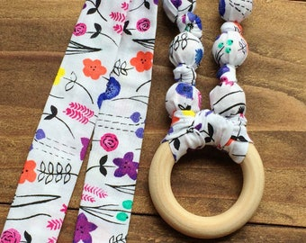 Organic baby shower gift - Teething necklace - Nursing necklace - Organic teething ring - Floral teething necklace - Fabric and wood teether