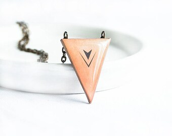 Triangle necklace geometric pendant fashion jewelry geometric pendant triangle