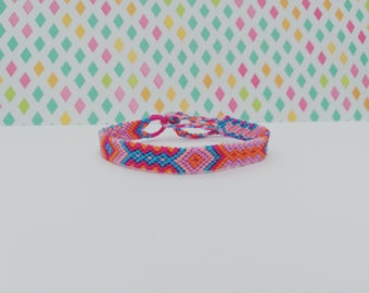 Friendship bracelet-Hand made knotted friendship Band-macramé