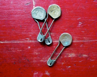 3 Vintage laundry pins 3 vintage laundry safety pins Numbered laundry pins Antique number pins #1
