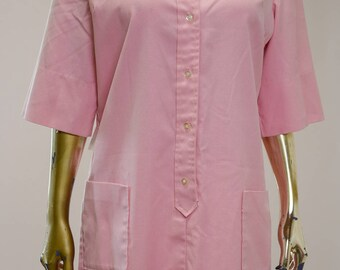 1960's Pink cotton Shirt Dress, Short wide sleeves, Button up front closure, Bucket pockets