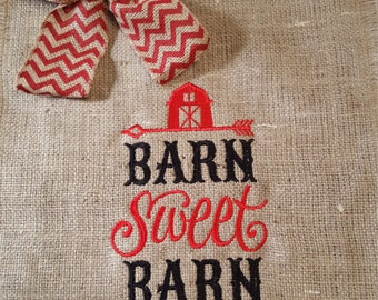 Barnyard Garden Flag, Burlap Garden Flag, Hostess Gift, Farmer's Gift, Barn Sweet Barn Flag, Gift for Barn Collector, Barnyard Flag