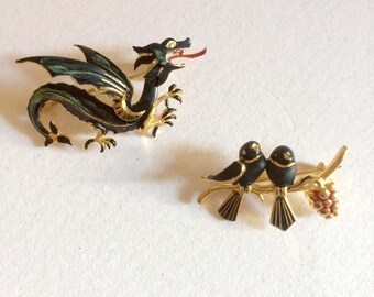 Set of 2 pins, DRAGON and bird, gilded, painted dark green and Red