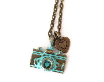 Little Camera Necklace, vintage camera necklace, photographer gift, camera jewelry
