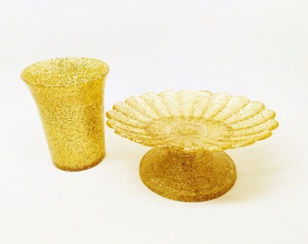Vintage  Gold Confetti Lucite Scalloped Edge Pedestal Soap Dish & Drinking Cup Rare Mid Century Estate Art Deco Retro Statement