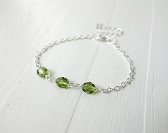 Chain bracelet green bead bracelet minimalist layering bracelet for women olivine green beads